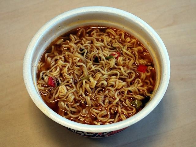 Nong Shim Bowl Noodle Kimchi Flavour
