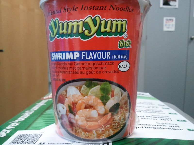 #099: YumYum Shrimp Flavour (Tom Yum)
