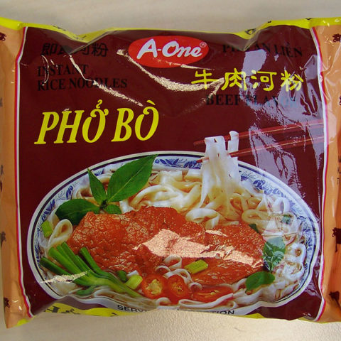 """#136: A-One """"Phở Bò Beef Flavour"""" Instant Rice Noodles"""