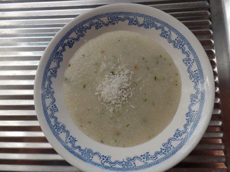 """#598: Mama """"Pre-Cooked Rice Porridge"""" Chicken Flavour"""