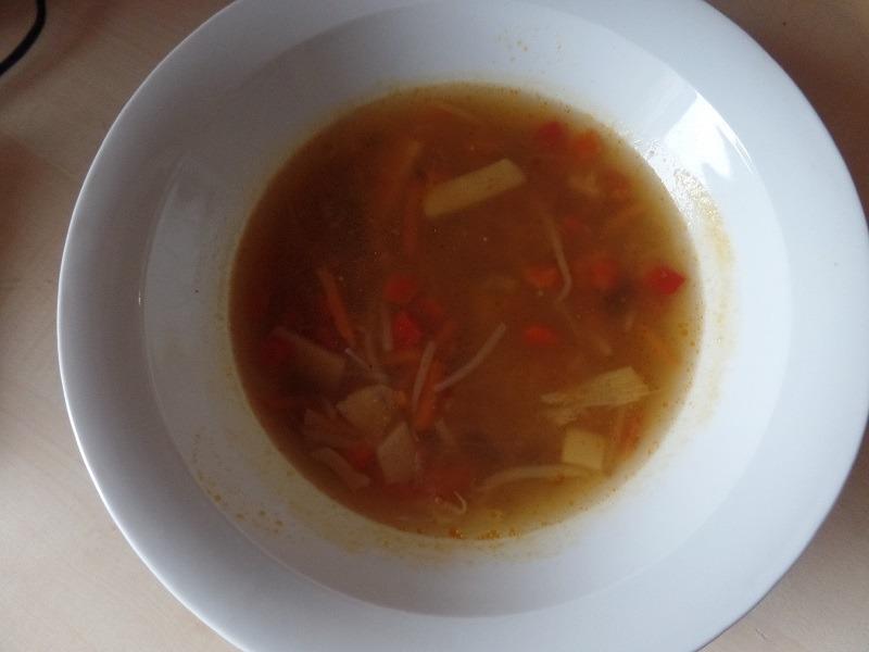 """#668: Weight Watchers """"Asiatische Gemüsesuppe mit Hühnerfleisch"""""""