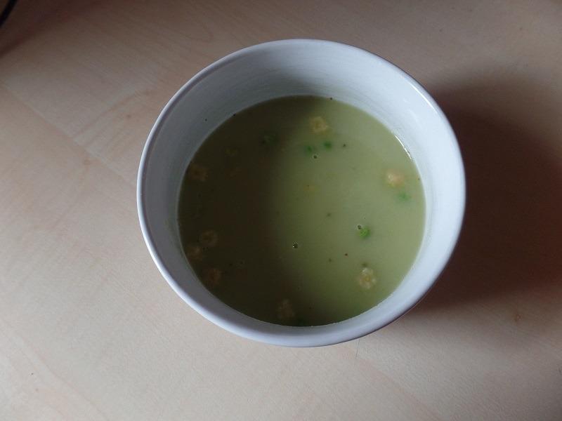 """#729: mammita """"Instant juha s graškom i prepečenim komadićima kruha"""""""