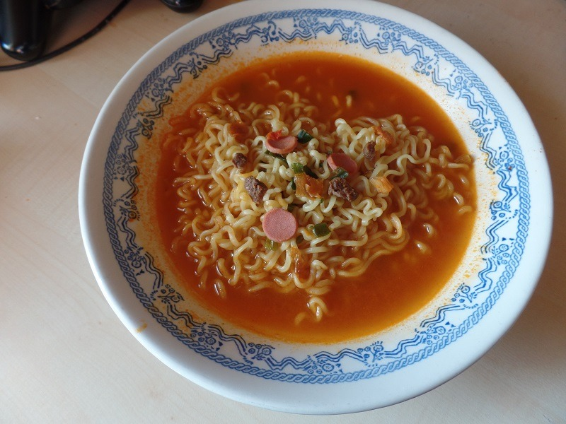 "#712: Paldo ""Budae Jjigae Ramyun"" (Spicy Sausage Stew Ramen)"
