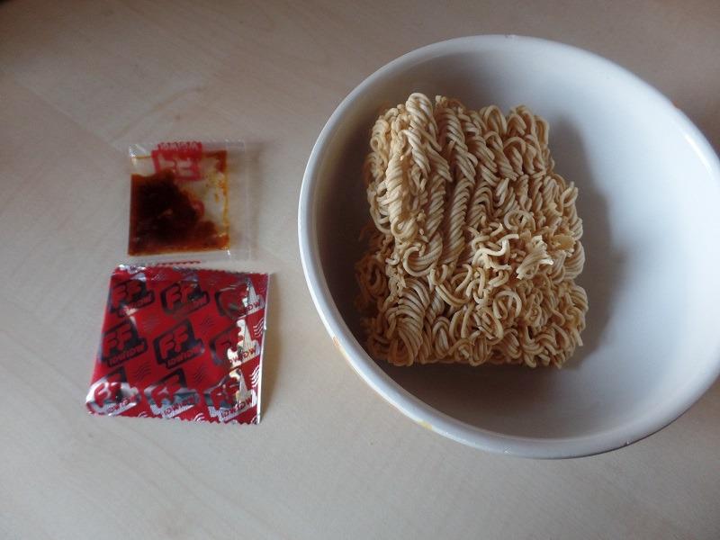 "#849: Fashion Food ""Tom-Yum Shrimp Flavoured Instant Noodles"""