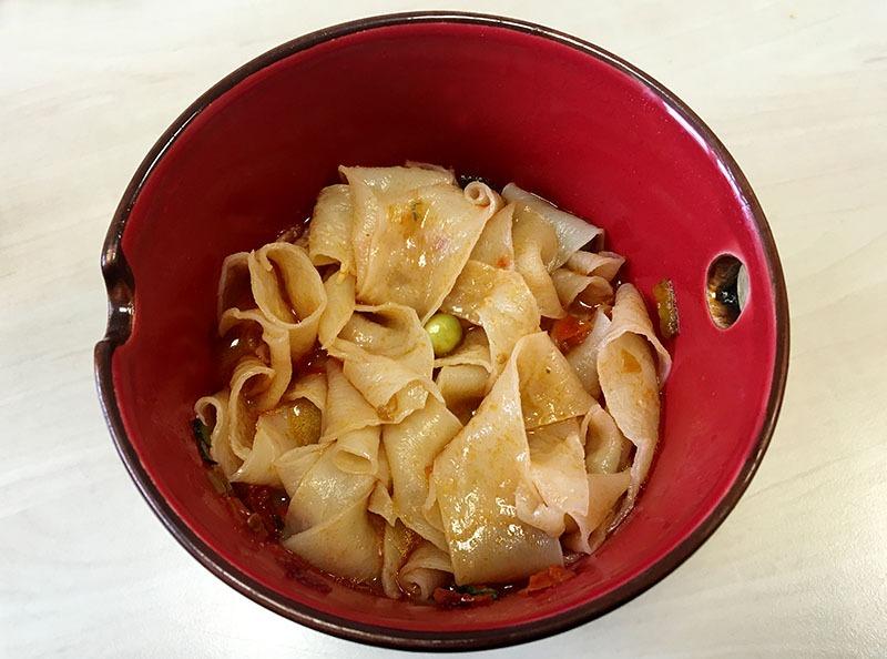baijia-sichuan-broad-noodle-3
