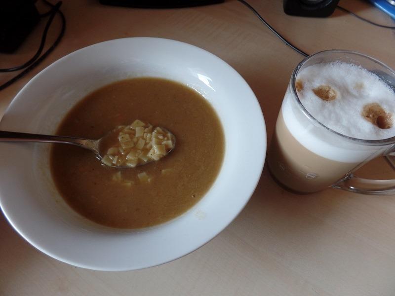 #1028: Fami Juha od Graha s Tjesteninom i Aromom Slanine (Bean Soup with Pasta and Bacon Flavour)