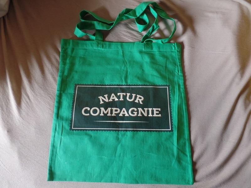 Ein riesiges Paket an Testmustern von Natur Compagnie