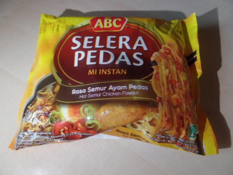 "#1425: mi ABC Selera Pedas Mi Instan ""Rasa Semur Ayam Pedas"" (Hot Semur Chicken Flavour)"