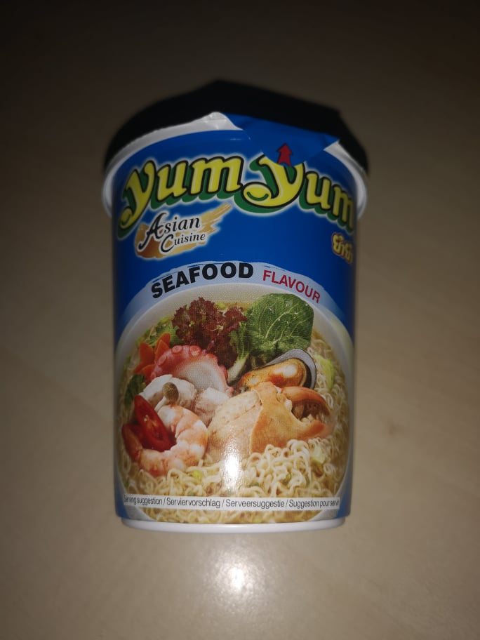 """#1716: YumYum Asian Cuisine """"Seafood Flavour"""" Cup"""
