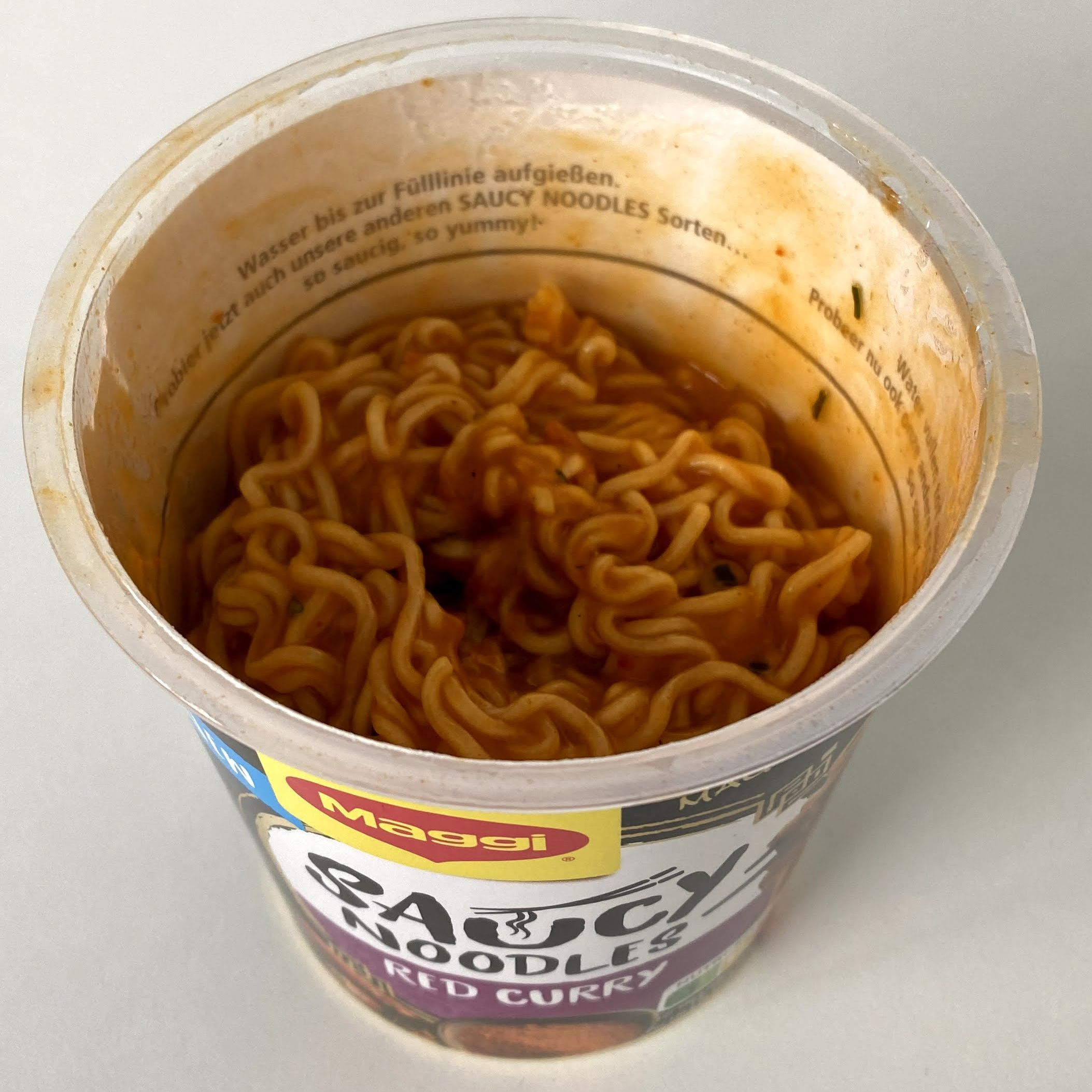 Maggi Saucy Noodles Red Curry