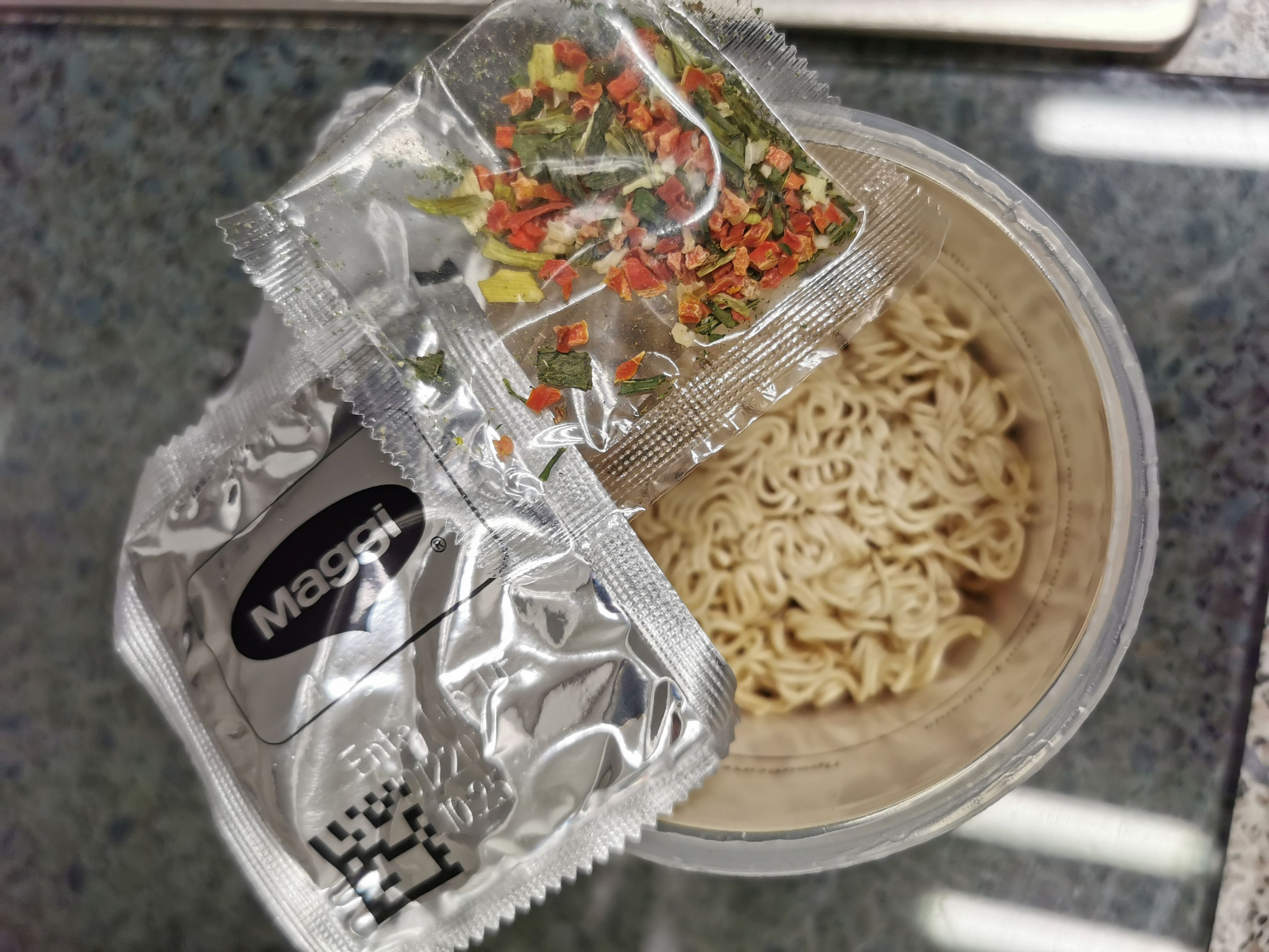 "#2004: Maggi ""Magic Asia Noodle Cup Duck Taste"" (2021)"