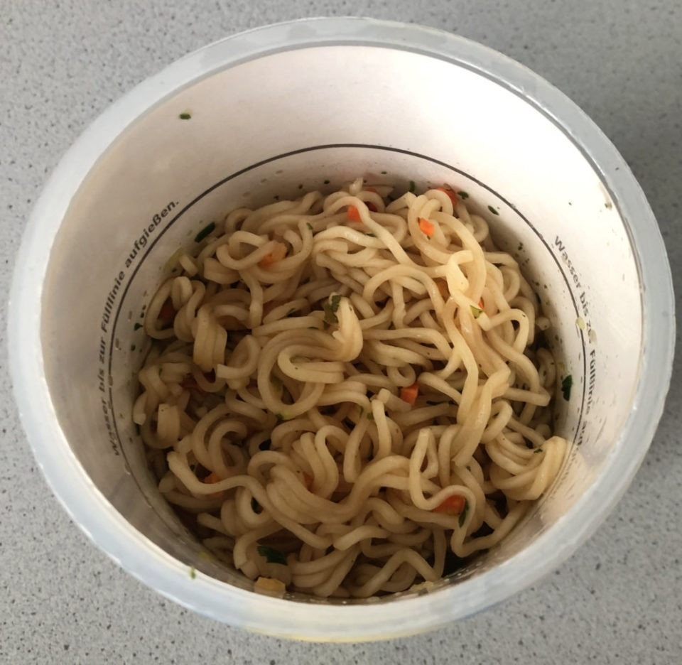 "#1565: Maggi Magic Asia ""Noodle Cup Chicken Taste with Black Pepper & Chili"" (2019)"